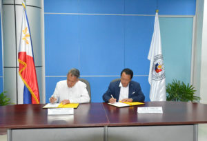 MoA signing of the acceptance of PhlPost IDs for PH passport applications