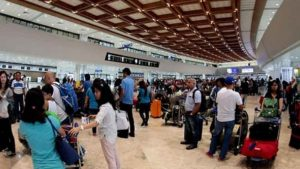 NAIA is hiring senior citizens to work as airport ushers